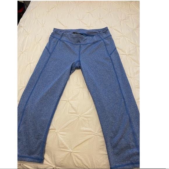 Blue 3/4 length leggings from Aeropostale